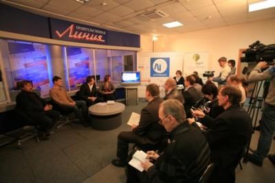 в прямом эфире в телекомпании «Кремль», Нижний Новгород.